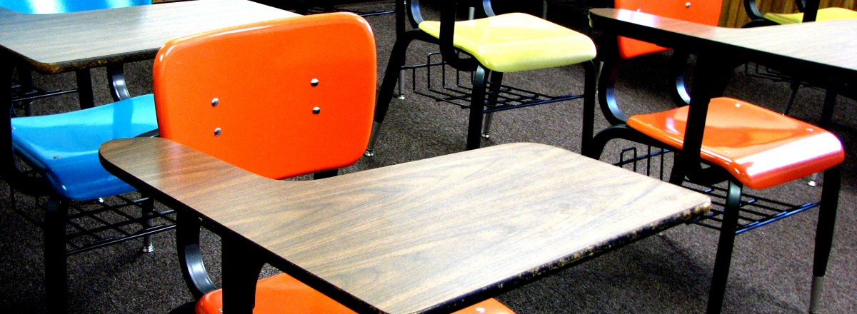school-desks-1418686